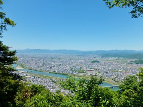 全日本医療サービスは清掃活動・除草作業を実施し地域に貢献しています!に関する画像